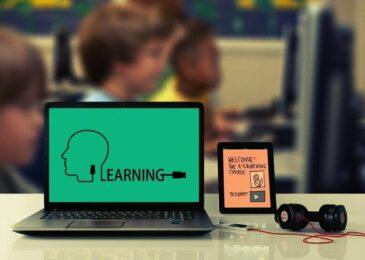 5 Tips on Teaching Classes Online for New Professors