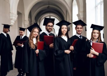 4 Things You Need to Consider Before Getting a PhD Degree