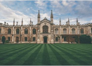 How Do I Choose the Right University?